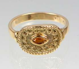 Ring with citrine - yellow gold 585
