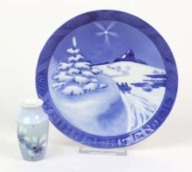 Christmas plate 1915, among other things,