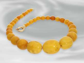 Necklace/Collier: extraordinary beautiful, high quality vintage amber necklace of rare
