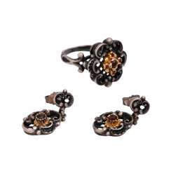 Set of Ring and earrings with garnet,