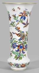 Large vase with Indian flower and bird painting