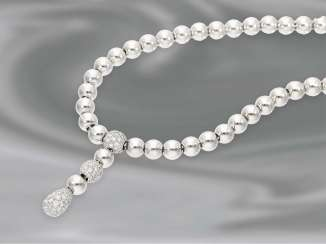 Chain/necklace: fancy, white gold ball-Central part of the necklace with diamond trim, CA. 1,76 ct, new