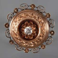 Historicism brooch with diamond