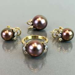 Exclusive jewelry: Tahitian pearls and diamonds. Ring, Earring, Pendant. Marked