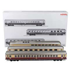 MARKLIN Express train passenger car Set