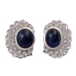 Pair of ear studs with sapphire cabochon and diamonds