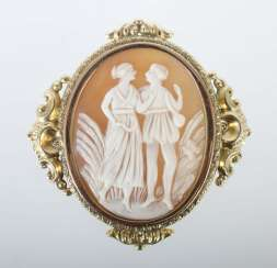 Gem as a brooch around 1880