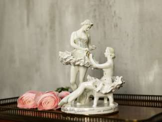 "Antique statuette ""Ballerinas before the performance"""
