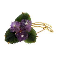 """Violet bouquet"" brooch made of amethyst, nephrite and 3 diamonds"
