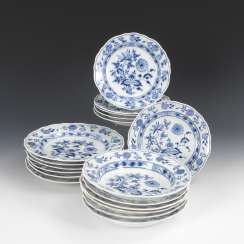 6 + 6 + 6 onion pattern dish, MEISSEN