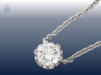 Necklace/Collier: fine, white Golden middle part of the anchor chain with diamond/solitaire-pendants, fine diamond approximately 1.1 ct, top quality