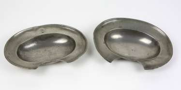 2 Barber's bowls of Saxony, around 1840/50