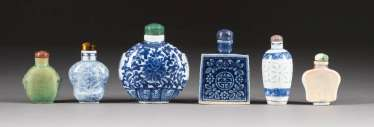 SIX SNUFFBOTTLES WITH FLOWER PAINTINGS China