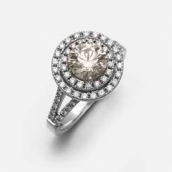 Fine diamond solitaire ring