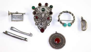 Antique jewelry and collectibles