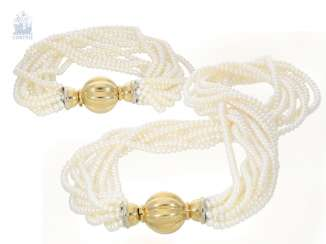 Chain/necklace/bracelet: fancy, multi-row vintage pearl necklace-breeding with matching bracelet, very solid 18K Gold