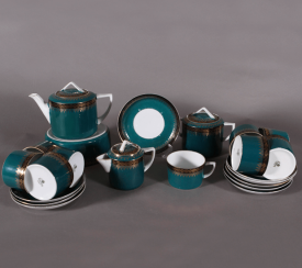 Tea set.the plant Kuznetsova