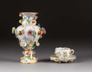 VASE AND CUP WITH SAUCER WITH FLOWER APPLICATION