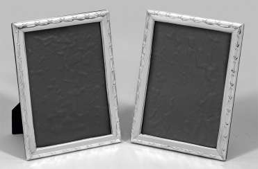 Pair of table picture frames