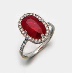 Very fine ruby ring