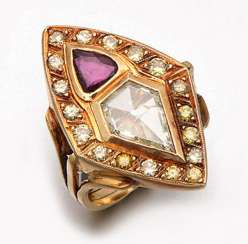 Extravagant diamond ring with ruby