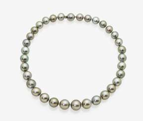 Tahitian Cultured Pearl Necklace