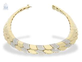 Necklace/Collier: elaborately crafted, exclusive brilliant necklace with approximately 1.5 ct of high quality diamonds, 18K yellow gold