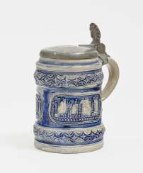Small tankard with a view of the City, the Western forest, around 1700