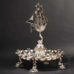 Imposing centerpiece with almandine cabochons, German, around 1900