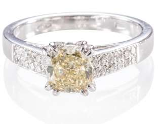 Modern diamond ring,
