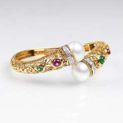 Gold bracelet with Colour gemstones and pearls