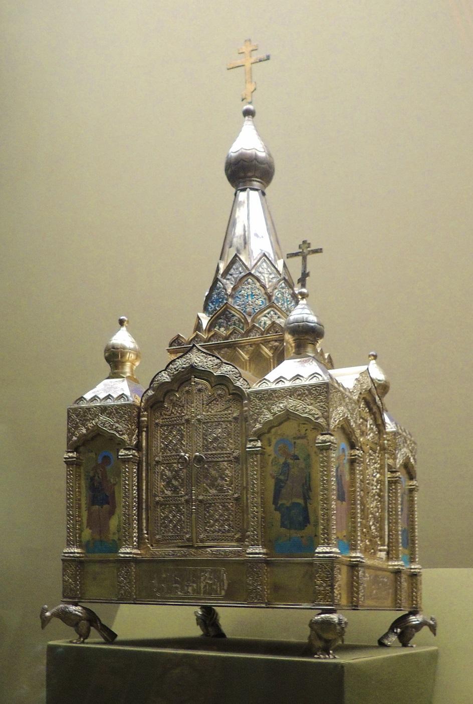 Филигрань. Дарохранительница в православном храме, XIX век